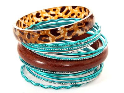Set of 16 Piece Bangles