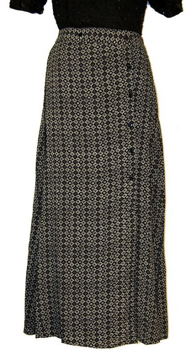 Diamond Print Long Polyester Skirt