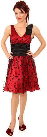 V-neck Short Polka Dot Party Dress  . 11250.